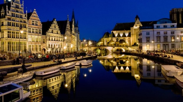 Bruges-reflection